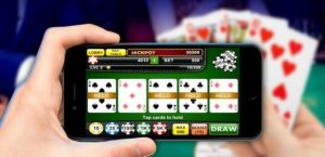 4 Reasons Why Texas Hold'em Poker is Different to Video Poker